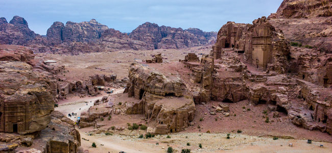 Titel: Landschaft in Petra, Autor: Colin Tsoi | Quelle: Colin Tsoi, Flickr | Copyright: CC_BY_ND